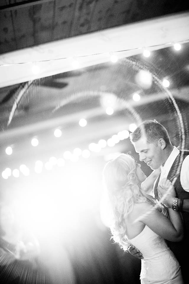 calli ann aaron buffalo wedding photography